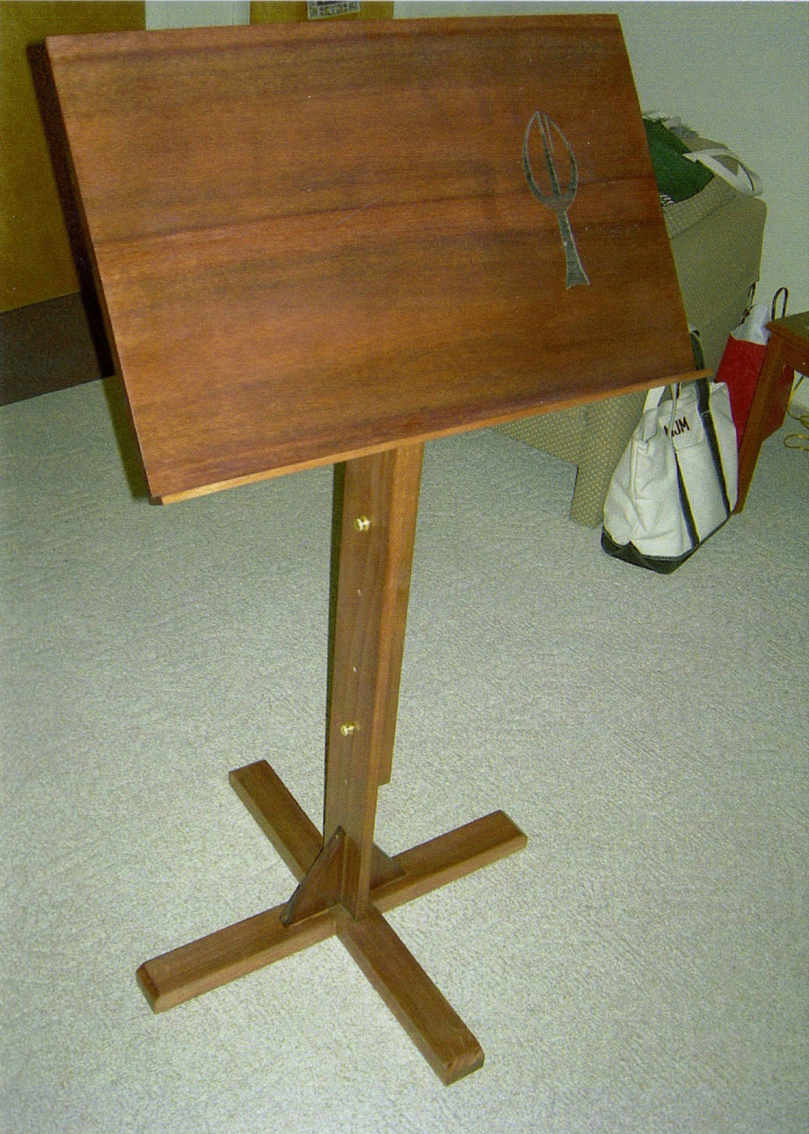 plans for wooden music stand