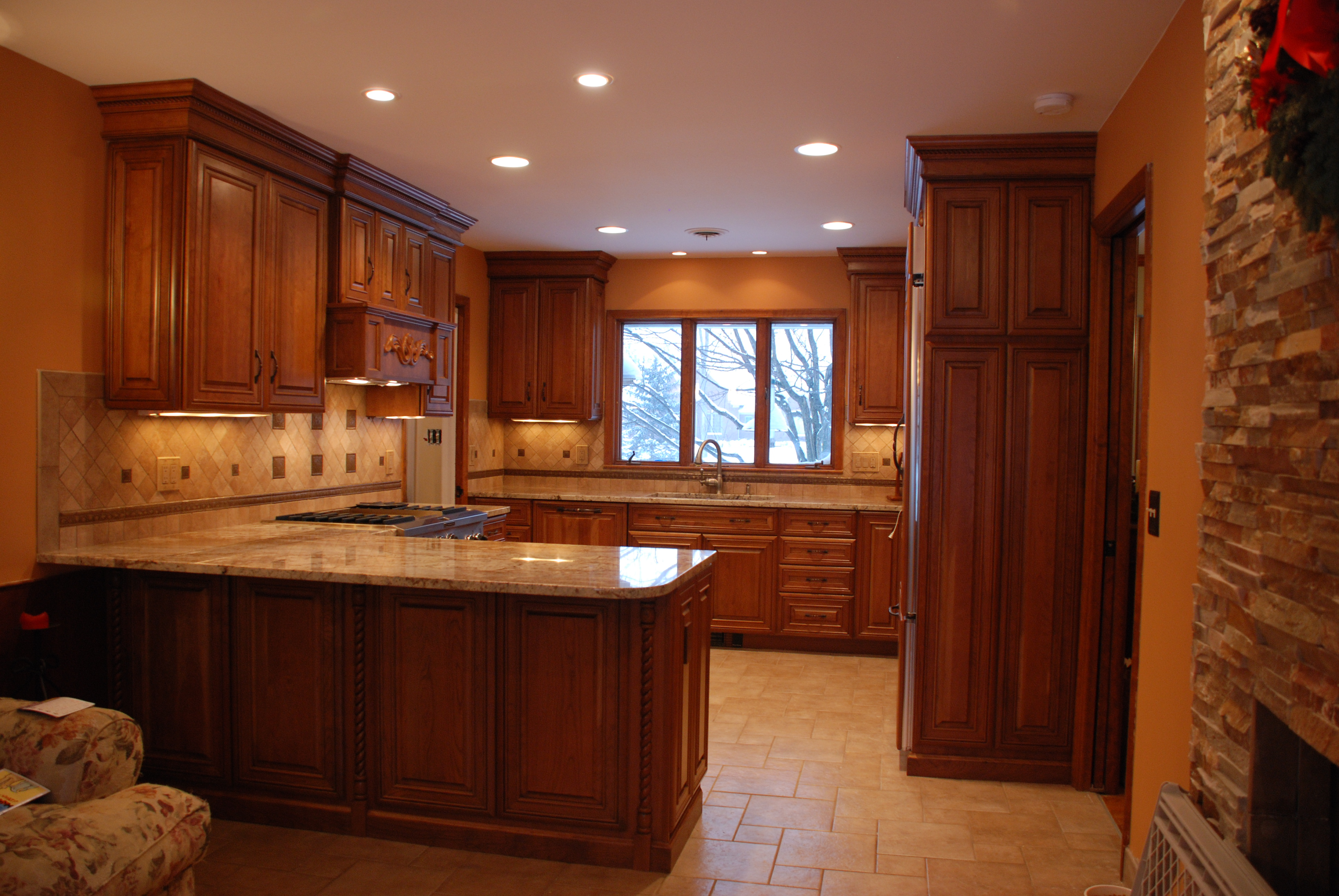 Kitchen Cabinet Construction 101 - Learn Before You Buy